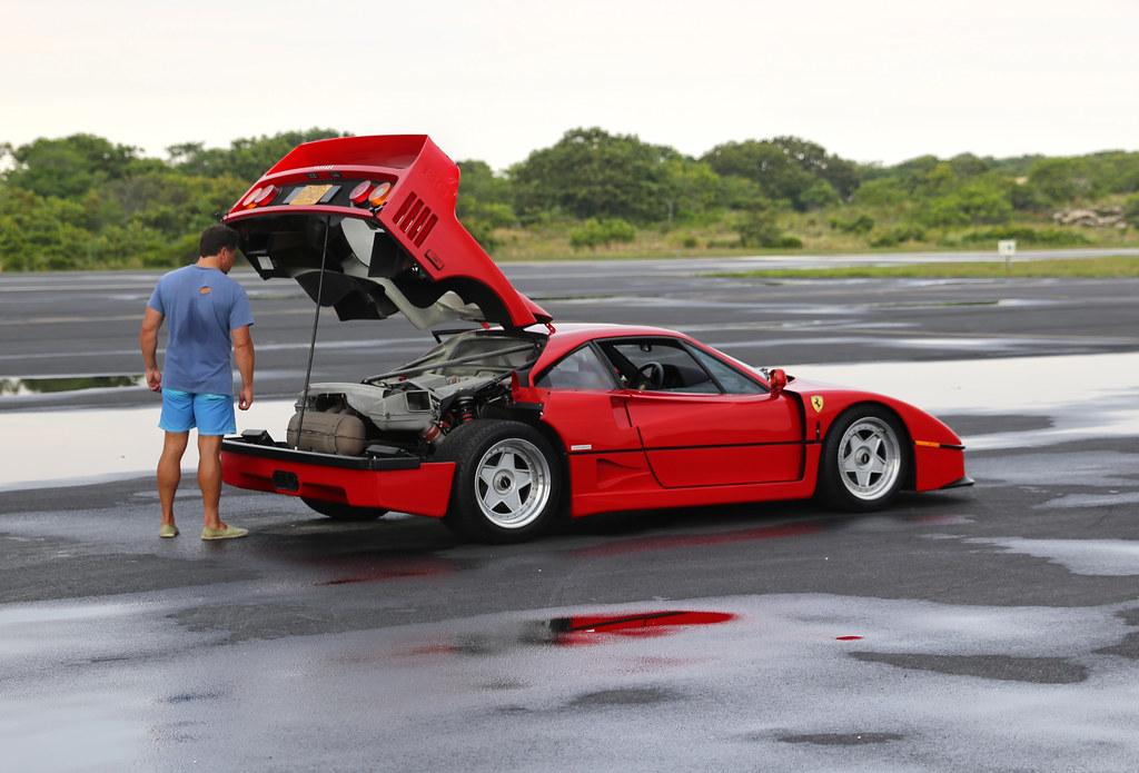 retro Ferrari F40